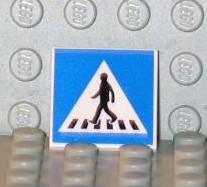 http://media.peeron.com/pics/inv/custpics/470px3.1092252823.jpg