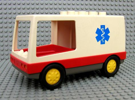 Sets That Have 6416cx1 Duplo Vehicle Ambulance With Caduceus Pattern