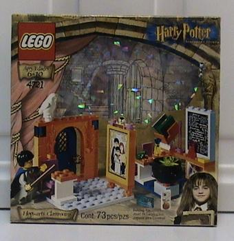 1 x Lilac Window with Harry Potter Chalk Board Lego Set 4721 2493 2494