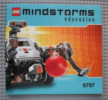 Peeron: LEGO MINDSTORMS Education NXT Base Set (#9797-1)